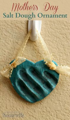Nothing melts a mommy's heart like a homemade craft from her little ones. This Mother's Day salt dough ornament/plaque is perfect for kiddos big and small to show mom they care. | The Happy Housewife
