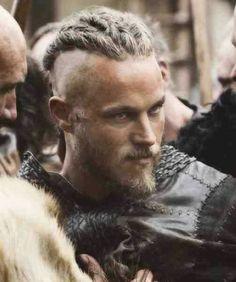 Ragnar Lothbrok Vikings, Lagertha, Ragnar Lothbrok Haircut, Vikings Travis Fimmel, Travis Fimmel Vikingos, Travis Vikings, Vikings Tv Series, Vikings Tv Show, Watch Vikings