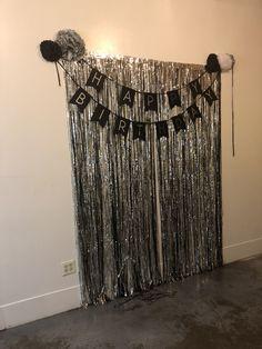 Most Popular Ideas Birthday Party Photos Booth 21st Birthday Decorations, Birthday Backdrop, 18th Birthday Party, Birthday Diy, Birthday Party Themes, Birthday Ideas, 21 Party, Birthday Photo Booths, Birthday Photos