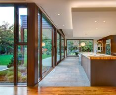 David Coleman Architecture Designs a Spacious Contemporary Home in Seattle Modern Kitchen Interiors, Modern Kitchen Design, Interior Exterior, Interior Design, Interior Modern, Casa Top, Seattle Homes, Architecture Design, House Plans