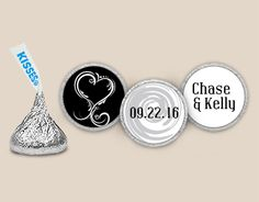 Chocolate Wedding Favors: In Love Personalized HERSHEY'S KISSES Stickers Front