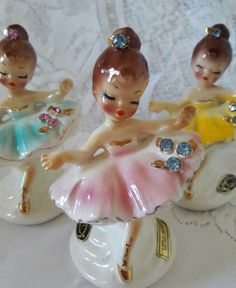 These ladies are so awesome. You might have to hurry if you want to get them. Vintage Love, Vintage Decor, Retro Vintage, Vintage Items, Vintage Pottery, Vintage Ceramic, Ballerina Figurines, Glass Dolls, Vintage Dolls