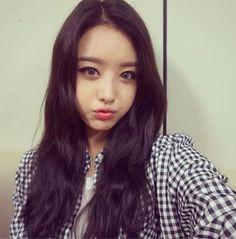 Secret Song Ji Eun Shares A Lovely Cute Selfie After Their Comeback Stage http://www.kpopstarz.com/articles/104412/20140816/secret-song-ji-eun-shares-a-lovely-cute-selfie-after-their-comeback-stage.htm