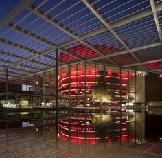 Margot and Bill Winspear Opera House, Dallas, USA, 2002-2009   © Foster + Partners / Nigel Young