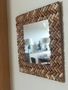 Mirror made from original Corks Wine Cork Art, Wine Cork Crafts, Wine Corks, Mirror Crafts, Diy Mirror, Wall Mirror, Diy Interior, Diy Wall Art, Home Crafts