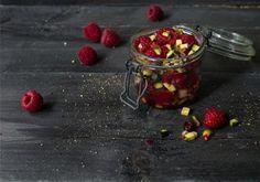 Fruity and spicy raspberry chutney Garam Masala, Kimchi, Zucchini, Nutrition, Saveur, Balanced Diet, Raspberry, Healthy Eating, Pudding