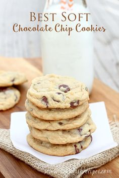 The best soft chocolate chip cookies. They stay soft for days! #recipe