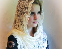 Evintage Veils Cream White Spanish Lace Vintage Inspired Lace