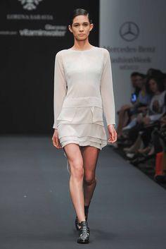 Lorena Saravia - Pasarela, una silueta chic y fresca, lo mejor de Lorena: Faldas!