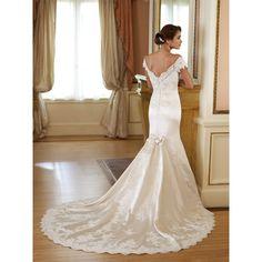 Ivory Lace Mermaid Wedding Dress