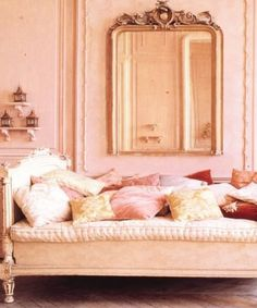 Le sigh. It's like right out of the set of Sofia Coppola's Marie Antoinette.