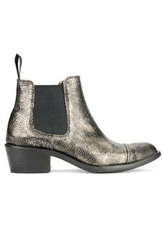 Perfect Flat Boots To Conquer Any Hill Mid Calf Boots, Ankle Boots, Gold Boots, Metallic Boots, Only Shoes, Flat Boots, Shoe Closet, Short Boots, Sneakers
