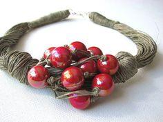 Red Grapes linen necklace by GreyHeartOfStone on Etsy Jewelry Clasps, Boho Jewelry, Jewelry Art, Beaded Jewelry, Unique Jewelry, Jewelery, Handmade Jewelry, Beaded Bracelets, Necklaces