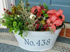 Elizabeth & Co.: Holiday Wreaths