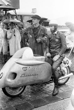 NSU PRL Racing Motorcycles, Vintage Motorcycles, Motorcycle Types, Bw Photography, Old Bikes, Road Racing, Vintage Racing, Dieselpunk, Custom Bikes