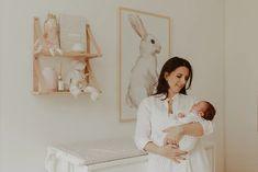 Ensaio Newborn Lifestyle em Curitiba | Recém-nascido em casa  Fotografia de família por Adrieli Cancelier Lifestyle, About Family, Family Photography, Home, Pictures