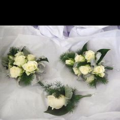 Corsage and buttonhole  for mother and father of the bride
