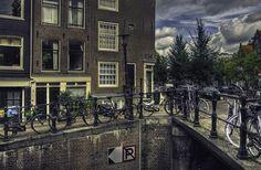 HDRSpotting - Street Corner