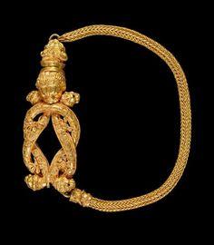 Category: jewellery Name: bracelet Date: 300 B.C. — 201 B.C. Period: Hellenistic Description: bracelet, Herakles' knot Production Place: Greece