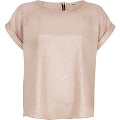 Gold metallic woven t-shirt River island: team drinks at the last minute? I'm ready.