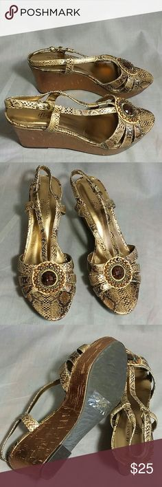 """Women's AK ANNE KLEIN Platforms Sandals 8.5 M Heels 3.5"""" ankle strap, Item is in a good condition NO PETS AND SMOKE FREE HOME. Has an animal print on it. AK ANNE KLEIN  Shoes Platforms"""