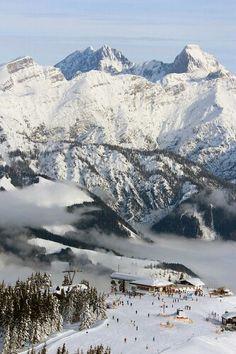 the beloved Leogang- Austria skiing group