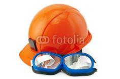 Helmet orange and goggles