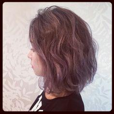 ラベンダーアッシュ★ 毛先に行くに連れてラベンダーが強く出るようにカラーリング 根本は暗めのアッシュグレー ゆるウェーブでふわふわにスタイリング♪ #lavender#ash#gray#bob#ombre#根本暗め#グラデーション#ラベンダー#アッシュ#グレー#Haircolorヘアカラー#violet Fashion Books, Hair Color, Hairstyles, Long Hair Styles, My Style, How To Make, Beauty, Haircuts, Haircolor