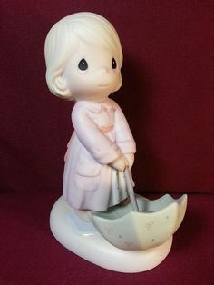 Precious Moments Figurine // The Sun Is Always Shining Somewhere Precious Moments Figurine // Porcelain Figurine // Enesco