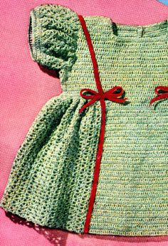 Vintage baby's dress- Free crochet pattern download - square neck
