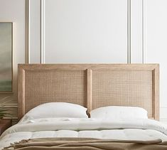 A refined global style defines this bedroom collection. The bed's headboard is woven of rattan for an airy, open feel, and a Seadrift finish on the wood adds a sun-drenched look. Reclaimed Wood Headboard, Rattan Headboard, King Headboard, Headboards For Beds, Rattan Bed Frame, Beach Headboard, Headboard Ideas, Camas King, Small Furniture