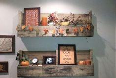 Estas estanterías darán un aire renovado a tu hogar usando madera reutilizable y logrando un resultado original
