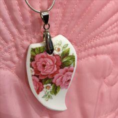 Handmade Vintage China Pendant Pendant Jewelry, Pendant Necklace, Vintage China, Drop Earrings, Jewellery, Handmade, Jewels, Hand Made, Jewelry Shop