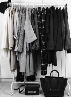 How to Create a Capsule Wardrobe - Capsule Wardrobe / Minimal Closet / Clothing Rack Ideas Aesthetic - Capsule Wardrobe, Wardrobe Closet, Closet Clothing, Glass Wardrobe, How To Have Style, Minimalist Closet, Minimal Wardrobe, Estilo Rock, Minimalist Lifestyle
