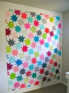 Sparkle Punch Quilt Pattern by Elizabeth Hartman. A strong contender for my next quilt project.    http://www.ohfransson.com/oh_fransson/2012/01/sparkle-punch-quilt-along.html