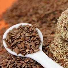 Do Certain Foods Reduce Estrogen Dominance?