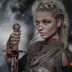 Medieval Queen / Digital art When you come across or create a terrific Viking outfit, Viking Warrior Woman, Viking Life, Viking Art, Warrior Girl, Fantasy Warrior, Warrior Princess, Warrior Queen, Inspiration Drawing, Character Inspiration