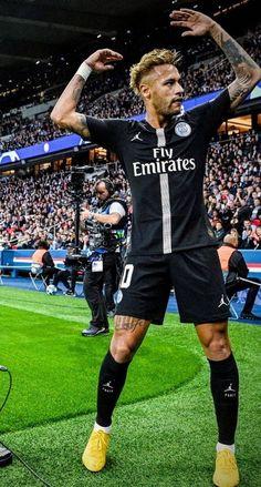 Neymar celebrates a goal for PSG Neymar Psg, Messi And Neymar, Ronaldo Juventus, Neymar Barcelona, Neymar Football, Football Boys, Best Football Players, Soccer Players, Cristiano Ronaldo