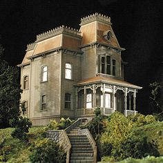1000 images about clive visits bates motel and the psycho for Norman bates house floor plan