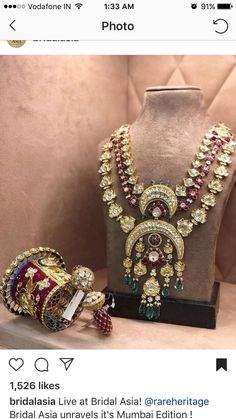 Live at Bridal Asia! Bridal Asia unravels it's Mumbai Edition ! Date & Venue Gold Jewelry Simple, Stylish Jewelry, Indian Wedding Jewelry, Indian Jewelry, Bridal Jewellery, Rajputi Jewellery, Antique Jewellery Designs, Royal Jewelry, Emerald Necklace