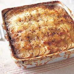 Normally, I make a sundried tomato gratin for Easter. but I think this Mushroom and Potato Gratin with Thyme and Parmesan might be a good option this year. Potato Dishes, Potato Recipes, Veggie Recipes, Parmesan Recipes, Queso, Delish, Cooking Recipes, Entree Recipes, Stuffed Mushrooms