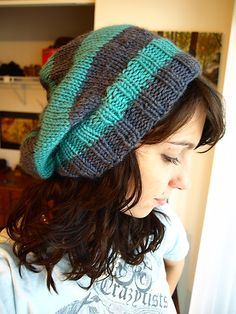 Slouchy hat pattern - things like this almost make me want to learn how to knit, haha.