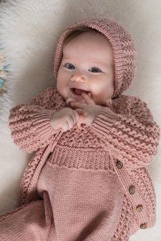 Knitting Socks, Knitting Needles, Crochet Hats, Knit Crochet, Knitted Baby, Norwegian Knitting, Baby Barn, Baby Knitting Patterns, Knitwear
