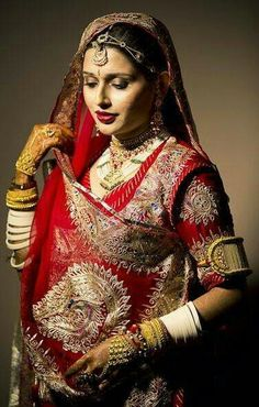 #rajput #bride #poshak #kundan #polki raanihaar baju band #ivory