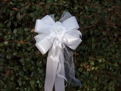 10 new large WHITE rose pew bows.These beautiful bows are a newly designed bow that can be used to decorate the pews, tables, entrance way, arches,