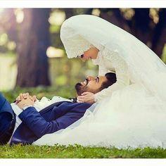 121 Likes, 9 Comments - muslimwedding Wedding Couple Photos, Pre Wedding Photoshoot, Wedding Poses, Wedding Couples, Wedding Pictures, Hijab Wedding, Muslim Wedding Dresses, Muslim Brides, Cute Muslim Couples