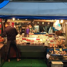 Fresh seafood stalls @ #Tsukiji by piecesofmoi