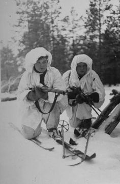 Finnish ski troops, pin by Paolo Marzioli Meanwhile In Finland, Night Shadow, Soviet Army, Army & Navy, Military History, World War Two, Troops, Ww2, Winter