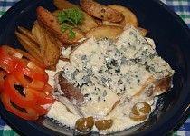 Krkovička pečená ve šlehačce s nivovou peřinkou Hummus, Steak, French Toast, Pork, Menu, Chicken, Breakfast, Ethnic Recipes, Burgers