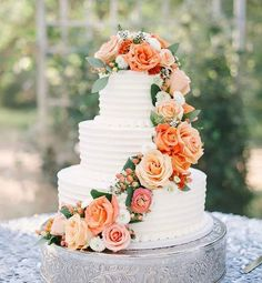 Such an elegant wedding cake by @gambinosbakery check them out and come build your own dream wedding @blingchat  #wedding #cake #weddingcake #wow #yummy #blingchat #onlineshopping #chatbot #delicious #flowers #tagsforlike #tagsforlikes #tagsforfollow